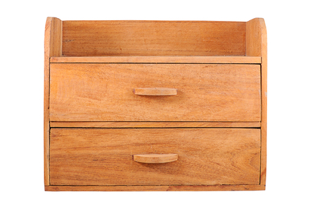arredamento classico: Piccolo armadio in legno isolato su sfondo bianco