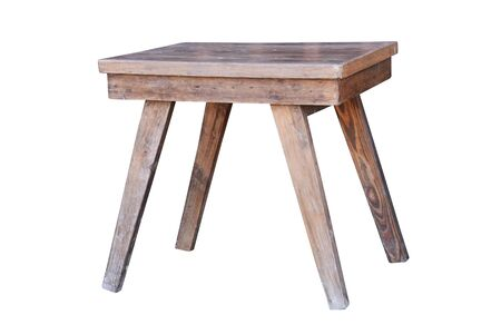 Mesa de madera vieja aislado sobre fondo blanco.