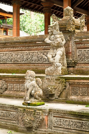 Stutue in Sacred Monkey Forest, Ubud, Bali, Indonesia Stock Photo - 13143276