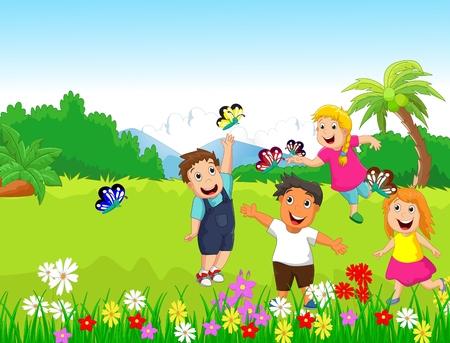 Niños felices jugando con mariposas en el bosque Foto de archivo - 53292672