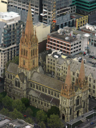st  paul's: Melbourne, Australia-September, 23, 2013-looking down at St. Pauls Cathedral from the Eureka Skydeck Editorial