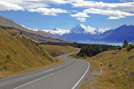 Rijden richting Mount Cook Nieuw-Zeeland Stockfoto