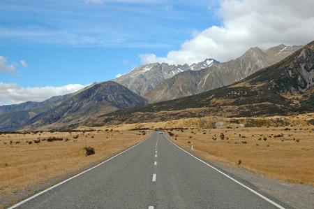 aoraki mount cook national park: Driving in Aoraki, Mount Cook National Park New Zealand