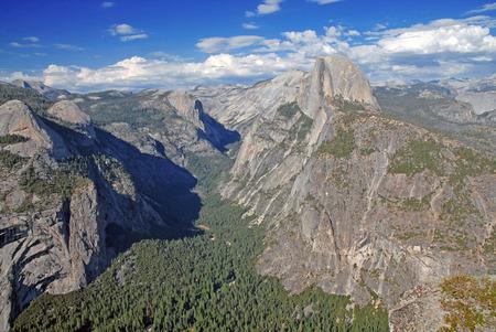john muir wilderness: Half Dome y el valle de Yosemite, California