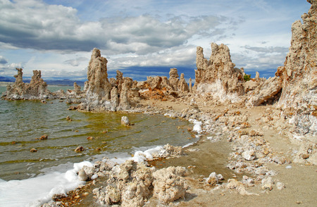 mammoth lakes: Mono lake, California