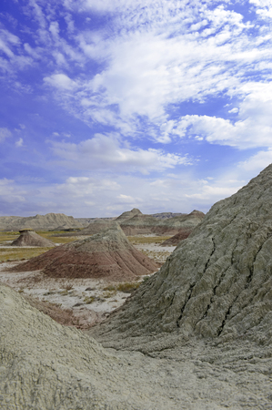 badlands: Badlands landscape, formed by deposition and erosion by wind and water, contains some of the richest fossil beds in the world, Badlands National Park, South Dakota, USA Stock Photo