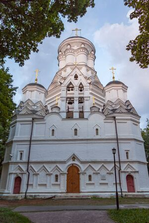 beheading: Church of the beheading of John the Baptist in Kolomenskoye, summer evening