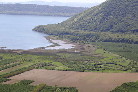 volcanic: Volcanic lake