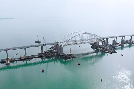 Crimean bridge before the opening of traffic on it. Grandiose construction through the Kerch Strait. Megastore.