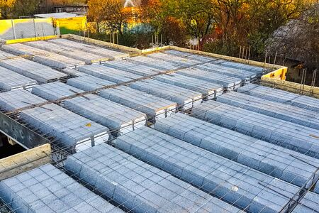 Construction of inter-storey floors during the construction of an apartment building. Empty floors. Stock fotó
