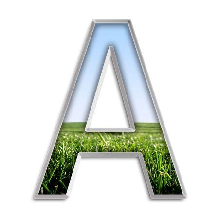 Hoofdletter A gemaakt van gras en blauwe hemel