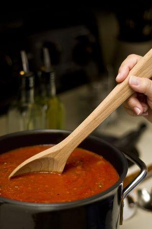 Preparing marinara sauce