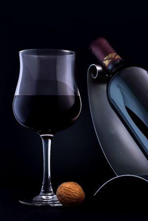 connaisseur: Un bicchiere di un elegante, la qualit� di vino rosso.