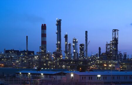 rafinery: This is big oil-works in night ligths.
