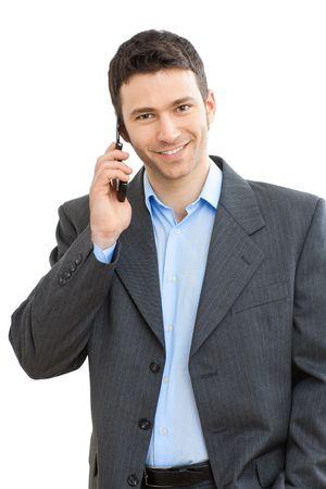 persona llamando: Retrato de hombre de negocios casual, hablando por tel�fono m�vil. Aislados en blanco.