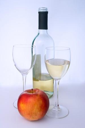 wino: A glass of qulity white wine.