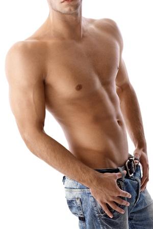 nackte brust: Sportlich sexy muskul�sen m�nnlichen K�rper, halb-nackt in Jeans, nackte Brust.