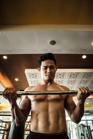 levantando pesas: Levantamiento de Pesas  Foto de archivo
