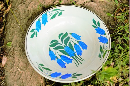50 years old: Unique and handmade clay painted plates, 50 years old, from creative people