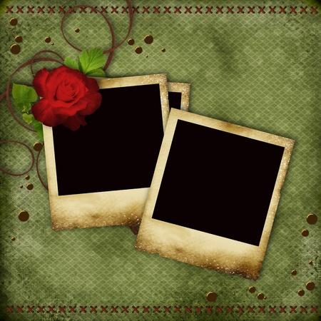 scrapbook cover: Tarjeta Vintage con marcos rojos rosas y viejos fotos Foto de archivo