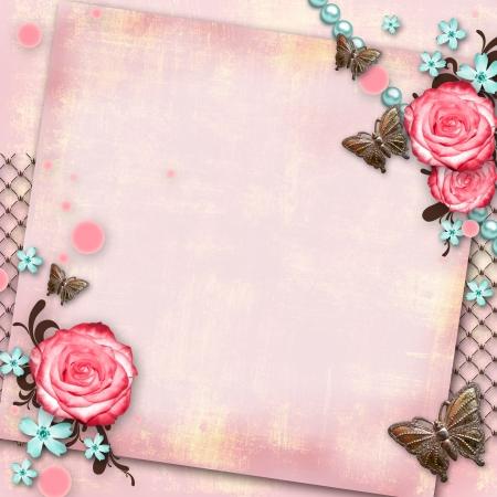 grate: biglietto di auguri con fiori, farfalle su carta rosa sfondo vintage