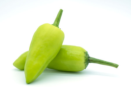green chili pepper isolated on white background . closeup . Imagens