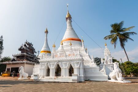 grand son: Temple Wat Phra That Doi Kong Mu. Mae Hong Son, Thailand Stock Photo