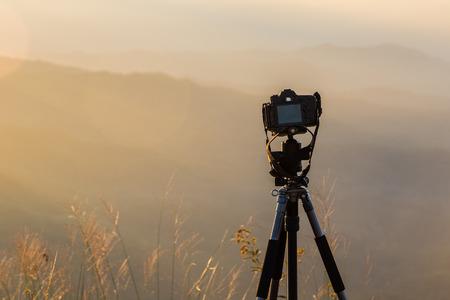 fotografie bekijk camera fotograaf lens lens video foto digitaal glas wazig focus landschap fotografisch kleurconcept zonsondergang zonsopkomst zon licht lucht wolk Stockfoto