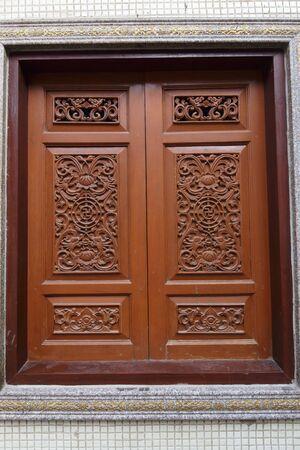 beliefs: Window Chinese temple