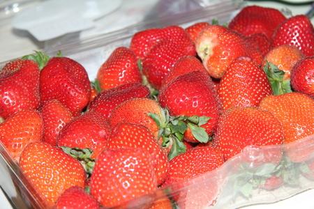 fresh red strawberries Stockfoto - 103909635