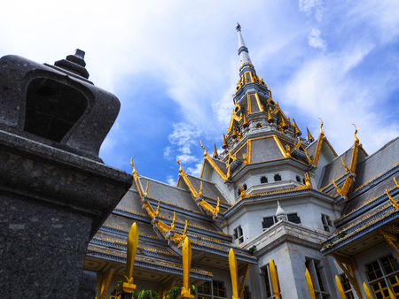Wat Sothonwararam Worawihan or Thai people called Wat Luang Por Sothon.Address Chachoengsao Province, Thailand. Have sacred and Psychological significance for BuddhismThe people to pay homage live. Zdjęcie Seryjne