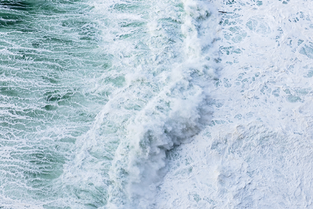 clashes: Close up photo of splashing ocean waves