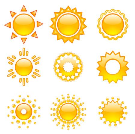 sol caricatura: Conjunto de soles emoji vectoriales. Colección Soles. Objetos aislados sobre fondo blanco.