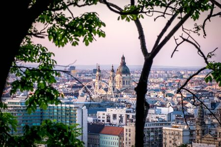 Budapest, Hungary City View from Gellerthegy 스톡 콘텐츠