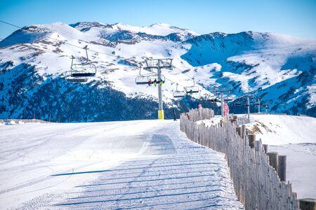 Andorra GrandValira Ski. Pyrenees Mountains Foto de archivo