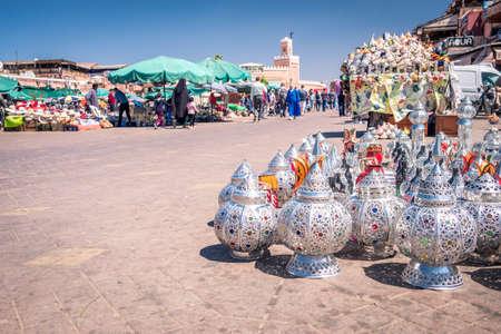 MARRAKESH, MOROCCO - APRIL 10, 2019: Traditional lamps in a market of medina of Marrakesh Redactioneel