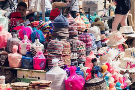 MARRAKESH, MOROCCO - APRIL 10, 2019: Traditional hats in a market of medina of Marrakesh Redactioneel