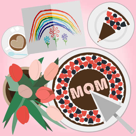 Delightful cake with chocolate and strawberry cream with greeting message for Mother s Day with heart shape. Top view of a festive chocolate cake with berries for mother s day and the inscription mom. Breakfast table with coffee, a bouquet of red and pink tulips and a children s greeting card for mom. Children s postcard of rainbows and flowers, drawn with crayons. 免版税图像
