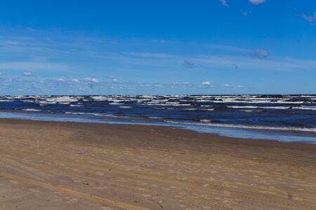 Waves on a windy summer day, on the shore of the Gulf of Riga 版權商用圖片