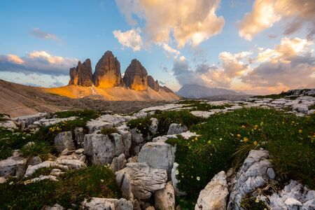 gallerie: This is a gorgeous view of 3 Cime di Lavaredo in Dolomites, Italy. When the sunset go down during July, is possible to see the beautifull view north side becoming red.