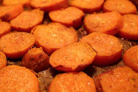 roast potatoes: Sweet and spicy roast potatoes