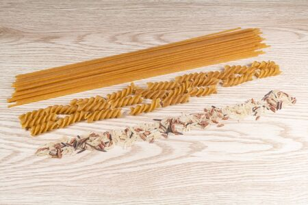 Mix raw rices and whole wheat spaghetti and fusilli pasta