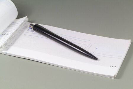 French checkbook to pay in euros and black pen