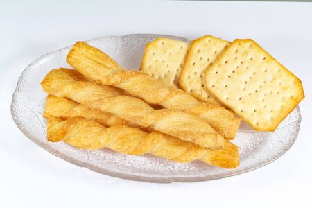 Crackers and snacks on a dish for appetizer 版權商用圖片