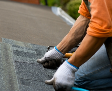 roof work: roofer Stock Photo