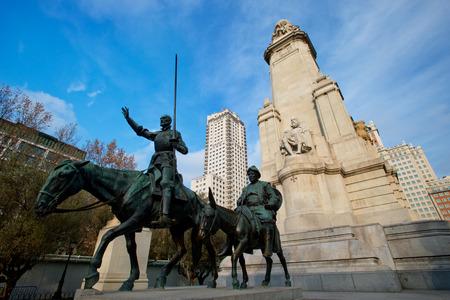 don quichotte: Don Quichotte et Sancho Panza �ditoriale
