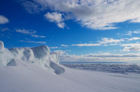 Ice dam in Lake Huron
