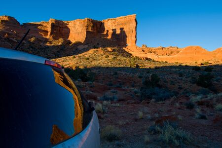 gravel roads: drive on the gravel roads of Monument Valley Stock Photo