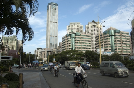 Humen ville, Dongguan, en Chine, Ao�t 3, 2011 - C'est la vue sur la rue pour une partie de la ville au cours de la journ�e de travail �ditoriale