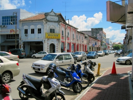 congested: Muar, Johor, Malaysia, March 25, 2012 - the local typical street view of Malaysia town